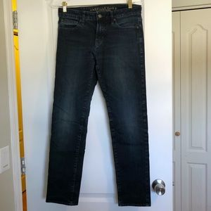 American Eagle Dark Wash Mid Rise Skinny Jeans